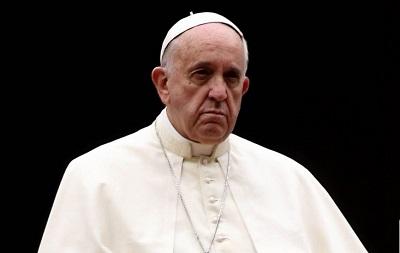 15832399-pourquoi-le-pape-francois-derange-les-catholiques